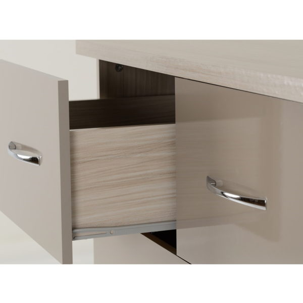BBS1305  Nevada 3 + 2 Chest of Drawers in Oyster Gloss.